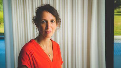 """Topdokter Eva Van Braeckel over haar strijd tegen COVID-19: """"Een virus met ongeziene impact, en plots sta je in het oog van de storm"""""""