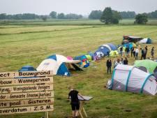 Jeugd Wanneperveen maakt camping als protest tegen uitblijven woningbouw: 'Zijn hier geen huizen voor ons'
