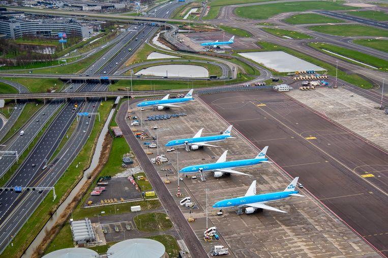 KLM zal deze winter twaalf toestellen parkeren in Eelde, Groningen.  Beeld ANP