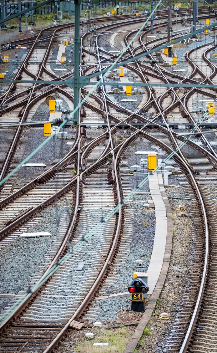 Treinrails. Foto ter illustratie.
