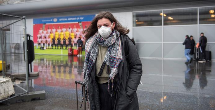 Clerry de Rosa vindt het niet meer dan een 'morele verplichting' om een mondkapje te dragen.