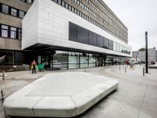 """Wie zijn de COVID-patiënten in AZ Sint-Jan in Brugge? """"Leeftijd varieert, net als vaccinatiegraad"""""""
