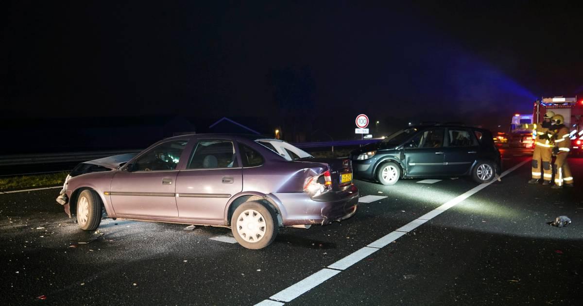 Ongeluk op A18 bij Wehl, snelweg tijdelijk afgesloten.