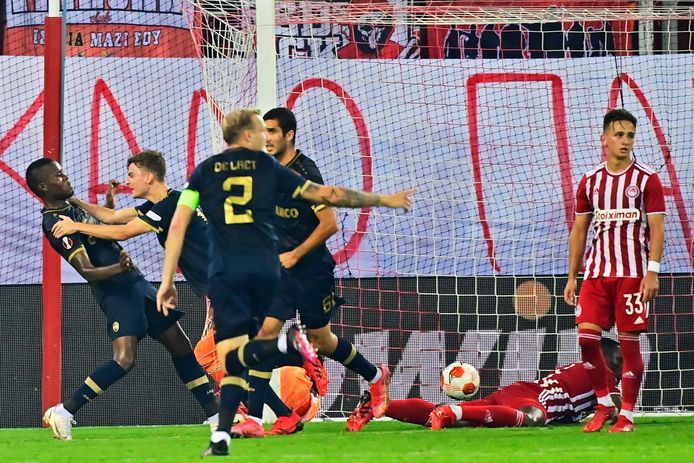ATHENS, GREECE - SEPTEMBER 16 :  Ally Samatta Mbwana forward of Antwerp FC celebrates scoring a goal during the Europa League Group D game between Olympiacos and Royal Antwerp FC on September 16, 2021 in Athens, Greece, 16/09/2021 ( Photo by Peter De Voecht / Photonews