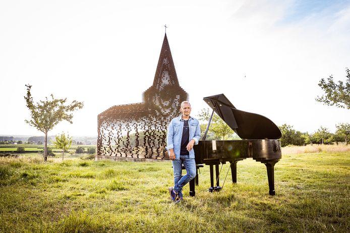 Karl Vannieuwkerke  // VIVE LA VIE