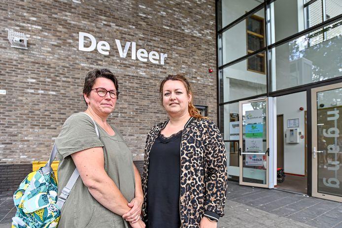 Marjolein van Oosterum (links) en Petra van Elteren, ouders en leden van de medezeggenschapsraad van basisschool De Hofstee in Etten-Leur.