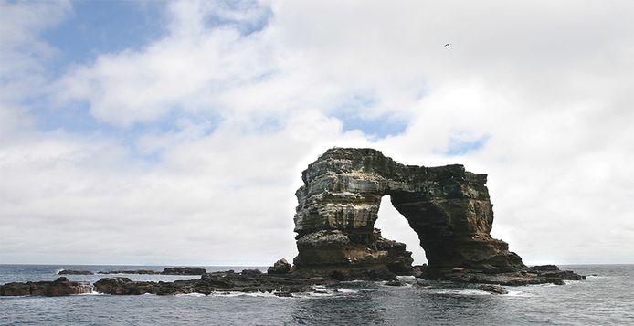 De 'Boog van Darwin' bij de Gálapagoseilanden.