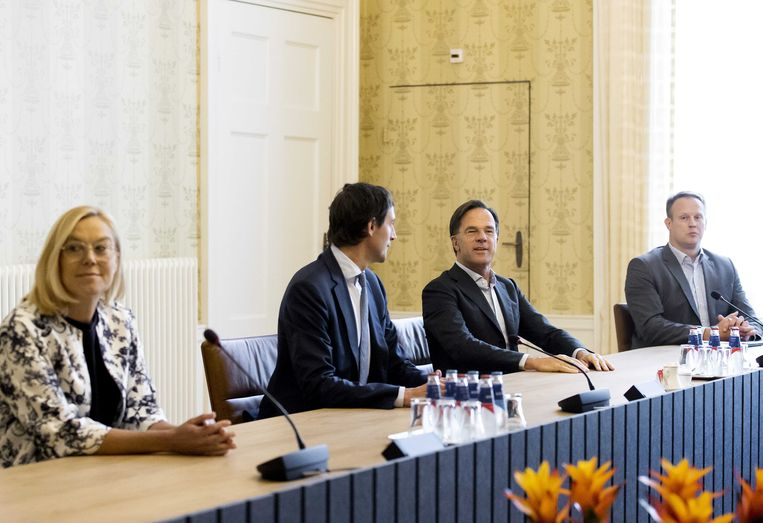 Eerder vandaag: Sigrid Kaag, Wopke Hoekstra, Mark Rutte en Pieter Heerma in Het Logement in Den Haag. Beeld ANP