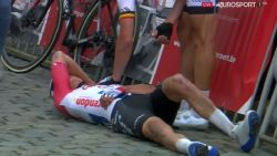 """Mathieu van der Poel met schrik vrij na spectaculaire val: """"Ik had judo moeten gaan doen"""""""
