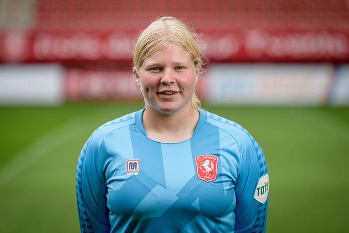 Inge Tijink uit Noordijk heeft haar contract bij FC Twente Vrouwen verlengt.