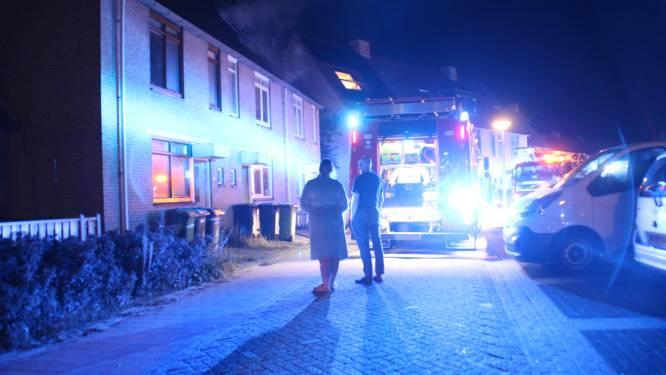 Flinke rookontwikkeling bij zolderbrand in Lelystad, bewoner moet elders overnachten