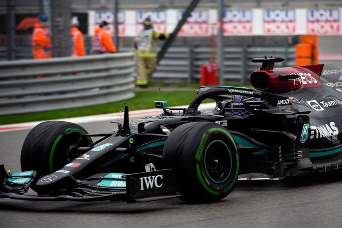 Lewis Hamilton tijdens de kwalificatie voor de GP van Rusland.