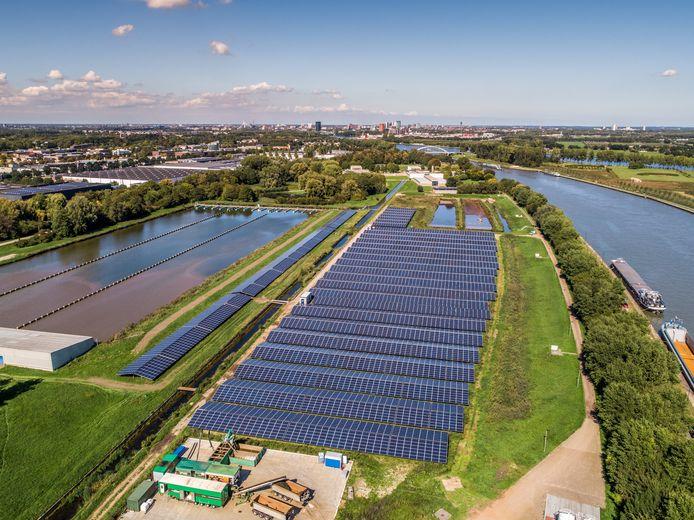 Op het terrein van Waternet in Nieuwegein ligt al een groot zonnepark met 14.000 panelen.