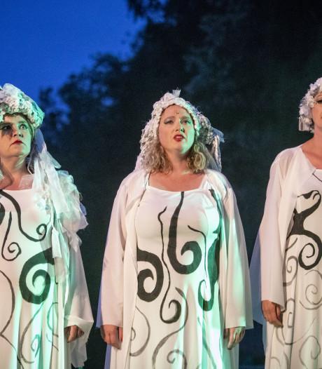 Theaterspektakel op Het Hulsbeek is een voorstelling vol verrassingen