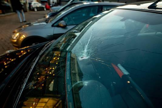 Een auto in Meerssen heeft schade opgelopen.