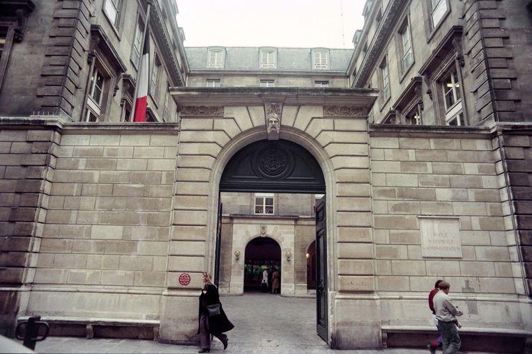 De École Nationale d'Administration is al decennialang dé weg naar de ambtelijke top voor veel Fransen. Beeld AFP