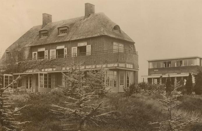 Sanatorium Zonnelicht-Heide op een prentbriefkaart uit de jaren veertig.