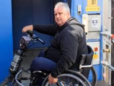 Formule 1-fan Frank (62) zit in zijn rolstoel vooraan bij Dutch Grand Prix dankzij Achterhoekse stichting