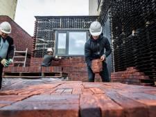 CPB: Jonge mannen hebben minder vaak een baan, en niet omdat ze voor de kinderen zijn gaan zorgen
