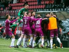 LIVE | Go Ahead virtueel in eredivisie, De Graafschap moet Helmond verslaan in door noodweer verlaat duel