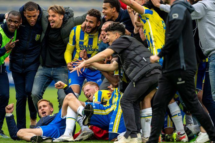 De ontlading is groot bij RKC na de 2-1 overwinning op FC Twente. Het eredivisieschap is zo goed als zeker weer voor een jaar veiliggesteld.
