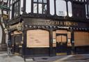 Een gesloten pub in het centrum van Londen.