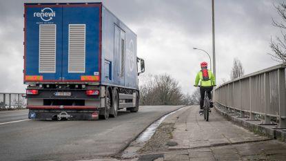 Wereldprimeur: ondoordringbare zeilen moeten dieven uit trucks houden
