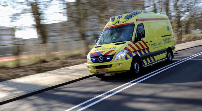 De ambulance kreeg tijdens de marathon van Rotterdam meer onwelmeldingen dan ze gewend zijn.
