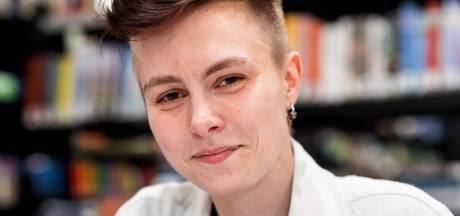 Bowy Schouten (21) gaat aan de slag als nieuwe stadsdichter van Waalwijk