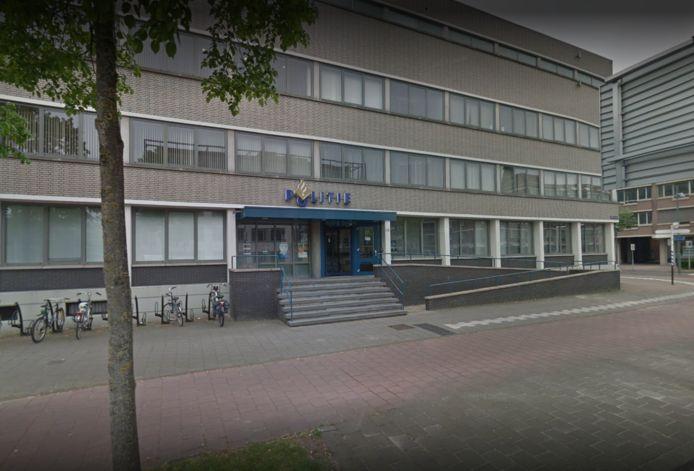 Het politiebureau aan de Kasteel-Traverse in Helmond.