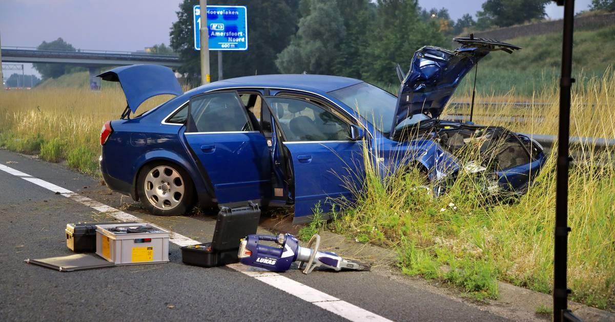 Zwangere vrouw gewond na ernstig ongeluk op A1.