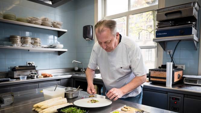 Chef-kok Cees baalt als een stekker: 'Het doet me pijn om zó een asperge te serveren'