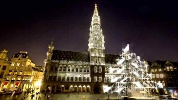 Cette année, le sapin de la Grand-Place sera remplacé par un Xmas Tree virtuel.
