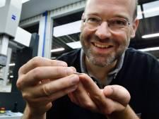 Dit Zevenbergse bedrijf meet nauwkeurig de kleinst meetbare onderdelen