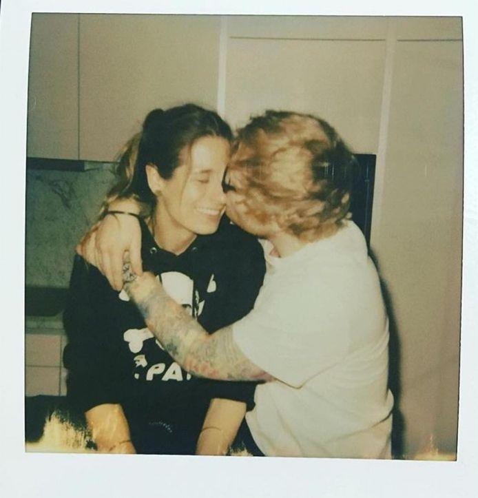 Ed Sheeran en z'n echtgenote Cherry zouden samen een kindje verwachten