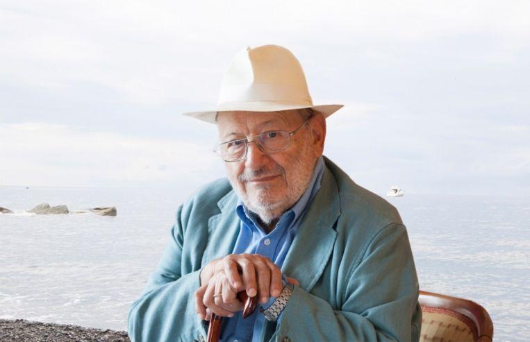 'Salman Rushdie heeft wrede dingen over 'De naam van de roos' geschreven, maar ik heb hem vergeven.' Beeld