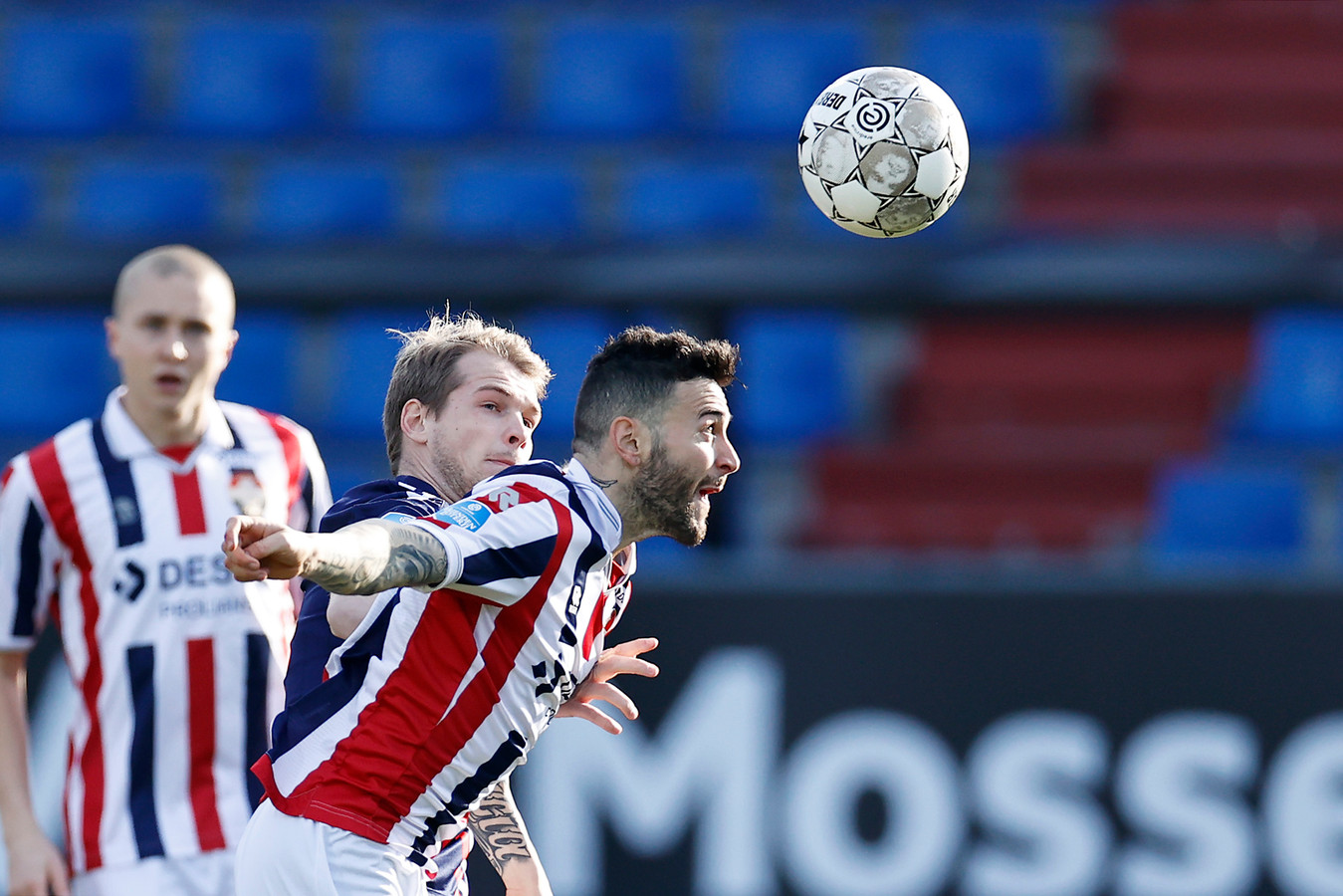 Pol Llonch tijdens Willem II - FC Emmen.