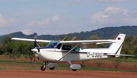 Een vliegtuig van dit type stortte deze avond neer boven het Oost-Vlaamse Ursel.