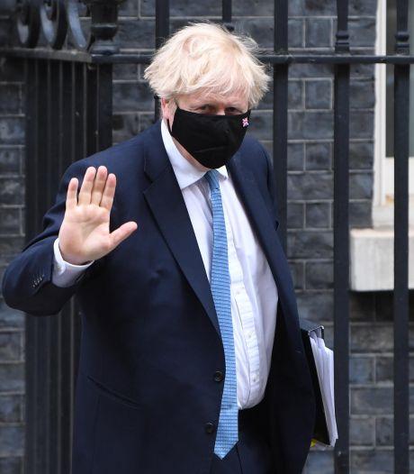 Boris Johnson annonce une enquête sur sa gestion de la pandémie