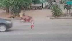 Vijfjarige overleeft zware aanrijding door pick-up