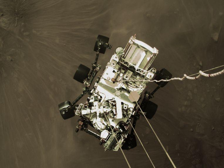 Marsrobot Perseverance, vlak voor landing. Beeld NASA