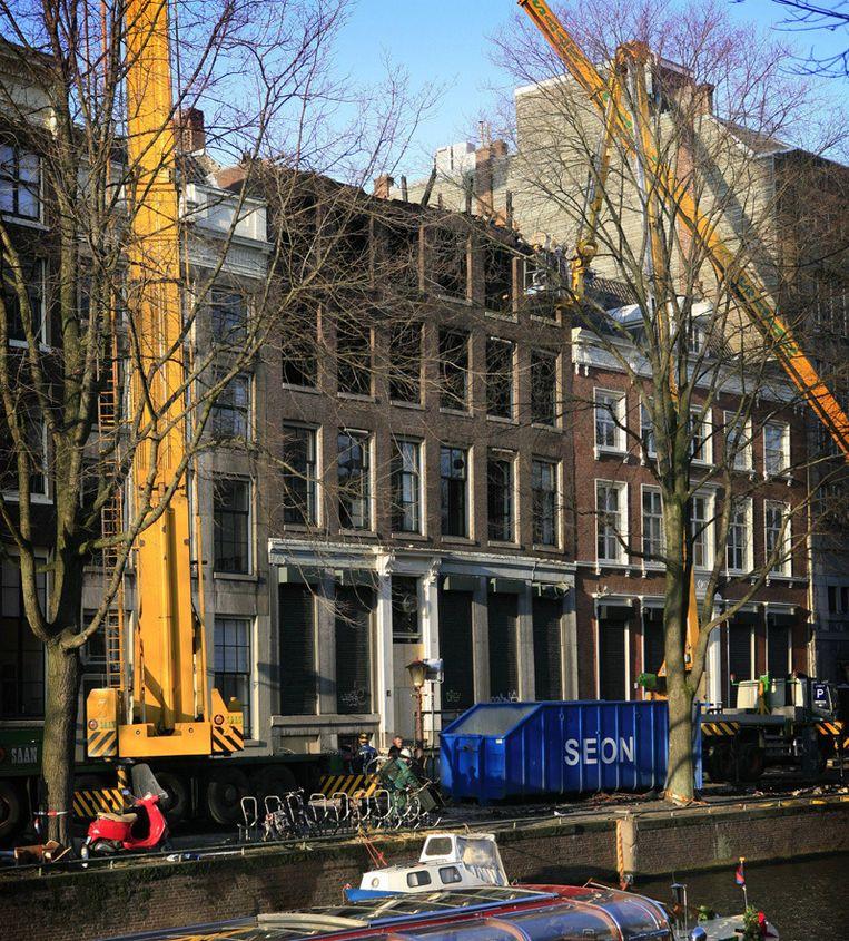 Herengracht 132 kort na de brand. © Floris Lok Beeld