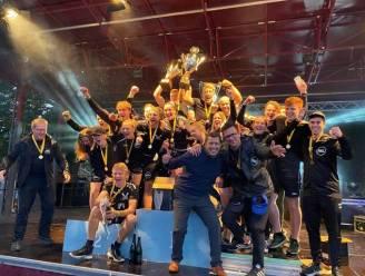 """Roeiteam Hogeschool PXL wint zesde keer op rij Hasseltse Studentenregatta: """"Dikke vinger naar corona"""""""