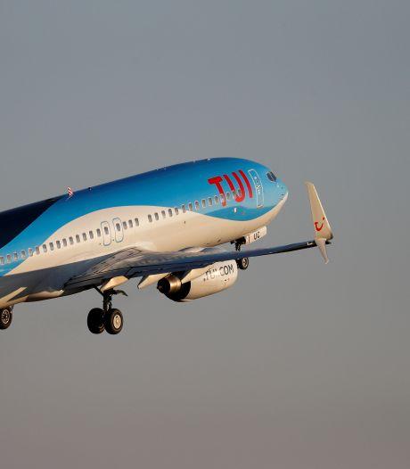 Le premier 737 MAX de TUI fly de retour dans les airs