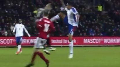 Courtois, opgepast! Spits van WK-tegenstander Panama krijgt rood na smerige fout op Deense doelman in... vriendschappelijke match