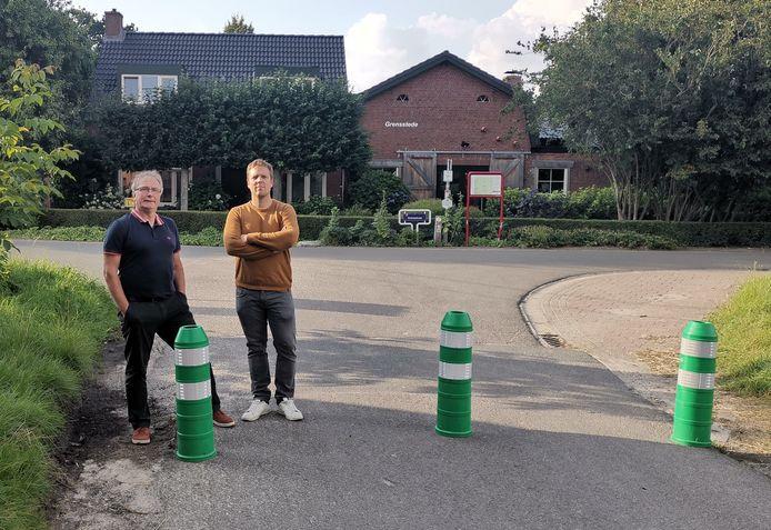 De gemeente Essen heeft de straat Hemelrijk ter hoogte van de Grensstraat afgesloten. Buurtbewoners zijn niet blij.