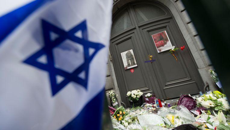 De angst is gerechtvaardigd, bewijst de aanslag op het Joods Museum. Maar dat is nog geen reden om hem niet in perspectief te plaatsen. Beeld BELGA