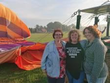 Ballonvaarders 'gegijzeld' door boer in weiland bij Den Bosch: 'Anderhalf uur vast in piepklein mandje'