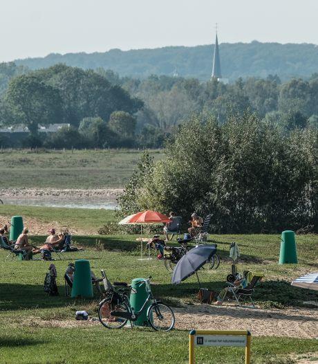 Naturisten balen van 'kaalslag' rond naaktstrand Rhederlaag: 'Van alle kanten zijn we zichtbaar'