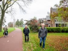 Nieuw wandelpad langs het Wolderwijd in Harderwijk? Jan en Frans moeten er niet aan denken